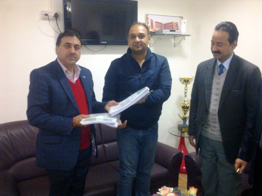 Signing Parnai Contract